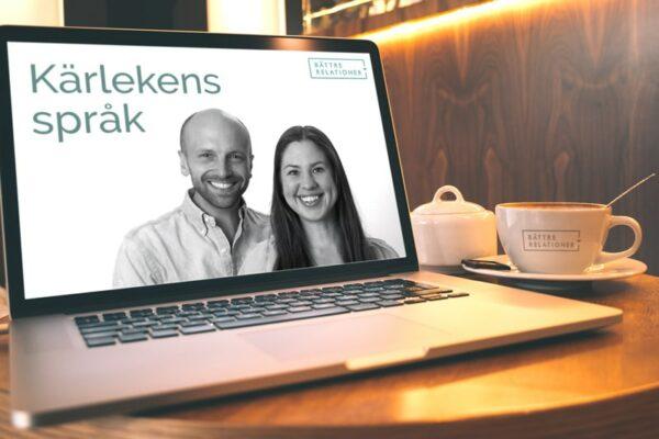 Macbook-med-kaffe